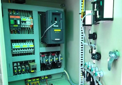 Giải pháp điều khiển điều áp, luân phiên và tiết kiệm điện cho hệ thống đa bơm